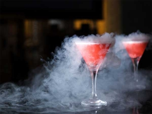 Man Drank Liquid Nitrogen Bar Ended With Hole His Stomach