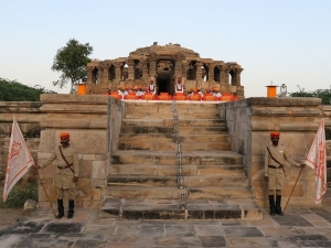 Curse On Rajasthan S Kiradu Temple That Turns Humans Into St