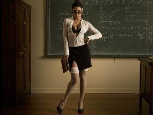 Bizarre School Where Teachers Teach Bikini