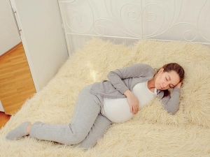 Can You Sleep On Your Stomach When Pregnant
