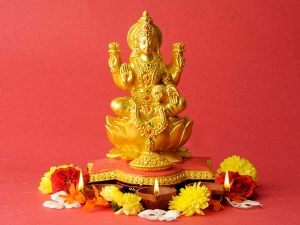 Chant These Powerful Lakshmi Mantras Gain Wealth Fortune