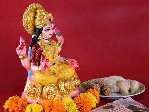Different Ways Attract Goddess Lakshmi This Diwali