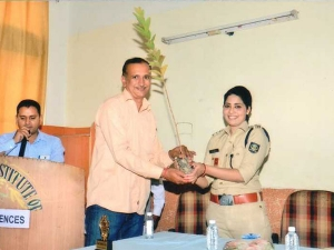 Female Police Officers Who Deserve Great Respect