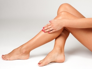 5 Natural Oils You Can Use Get Shiny Legs