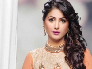 2009 2017 Hina Khan S Style Evolution Over The Years
