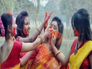 Safe Ways Celebrate Holi When Pregnant