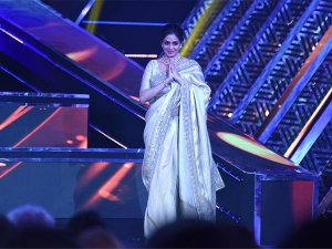 Remembering The Best Looks Sridevi Carried 2017