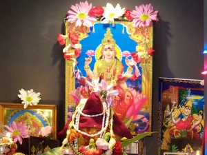 Things Do On Varamahalakshmi Vrata At Home