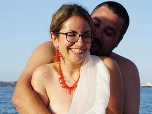 This Bride Groom Wed A Naked Beach Ceremony