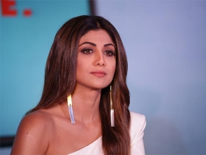 Shilpa Shetty Shines In Separates
