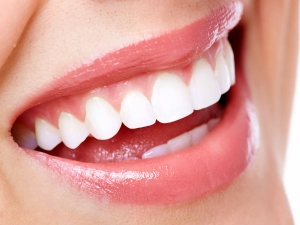 Best Superfoods To Maintain Oral Hygiene