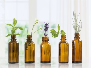 Essential Oils To Improve Your Chances Of Getting Pregnant