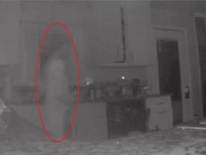 Mum Spots Her Dead Son S Ghost On Kitchen Cctv