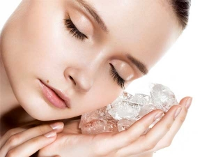 Ice Treatment For Cure Pimples