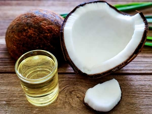Simple Ways To Use Coconut Oil For Hair Growth