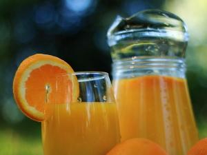 Orange Juice Help Manage High Blood Pressure Levels