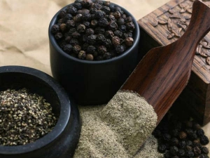 Suffering From Migraines This Easy Black Pepper Home Remedy