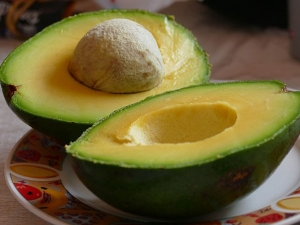 How To Use Avocado For Different Skin Issues