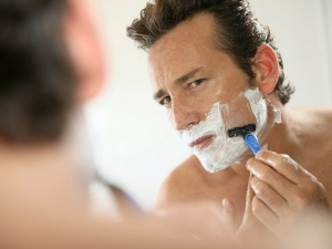 Easy Steps To Shave Sensitive Skin