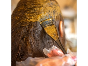 Henna Hair Masks To Tackle Various Hair Issues