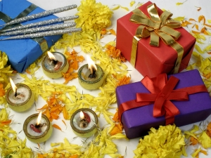 Do Not Share These Type Of Gift During Deepawali