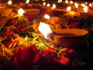 Things You Should Never Do On Deepavali Festival