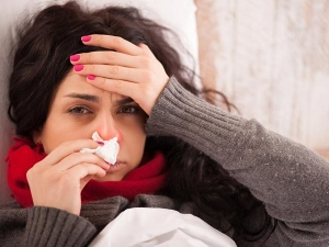 Everyday Mistakes That Increase Your Risk Of Catching A Cold