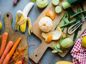 Ways To Use Leftover Fruit And Vegetable Peels