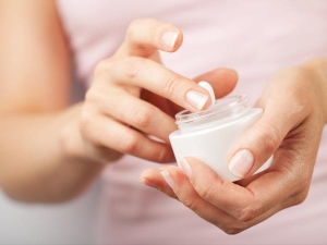 Winter Season Skin Care Avoid These Beauty Products