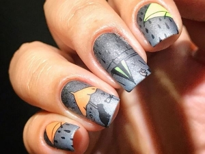 Stunning Nail Art Designs To Beat The Monsoon Blues