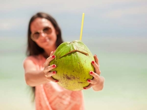 Benefits Of Drinking Coconut Water In Pregnancy