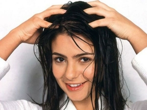 Tips To Get Rid Of Smelly Hair At Home In Kannada