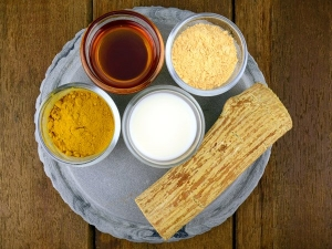 Homemade Besan Face Packs For Glowing Skin
