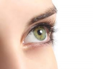 Home Remedies To Grow Long Eyelashes In Kannada