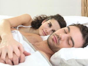 If You Sleep In This Position You Re More Likely To Divorce Survey