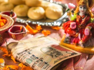 Diwali 2020 Date Puja Time Shubh Muhurat And Significance