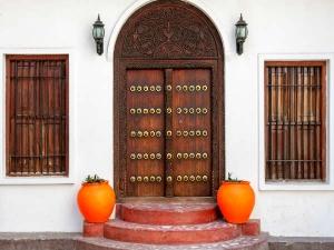 Main Door Vastu Tips For Home In Kannada