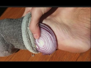 Benefits Of Keeping Onion In Your Sock In Kannada