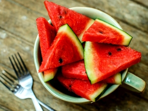Fruits To Eat In Summer To Control High Blood Pressure In Kannada