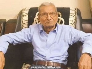 85 Year Old Nagpur Resident Narayan Rao Dabhadkar Gives Up Hospital Bed For Younger Covid 19 Patient