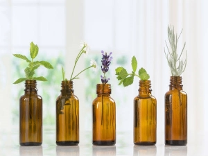 Essential Oils That Your Skin Absolutely Needs In Kannada