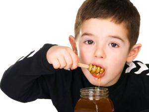 Health Benefits Of Honey For Children Over 2