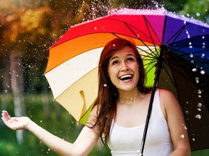 Tips To Take Care Of Oily Skin During Monsoon In Kannada