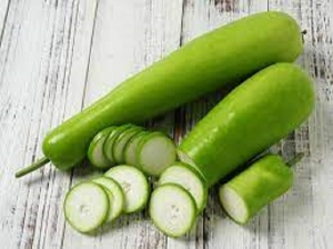 Beauty Benefits Of Bottle Gourd For Skin And Hair In Kannada