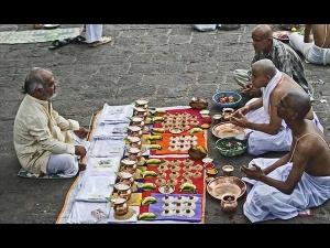 Mahalaya Amavasya Puja Vidhi Mahay Amavasya Puja Vidhi Rituals Do S And Don Ts In